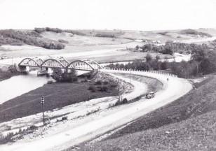 Senasis tiltas per Dubysą