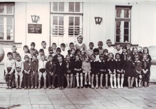 Mo12 Mokytoja Palubeckiene 1965 metai
